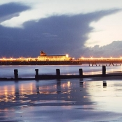 Bournemoputh Pier at night 01.jpg